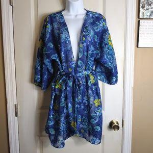 California Dynasty Med Blue floral sheer robe